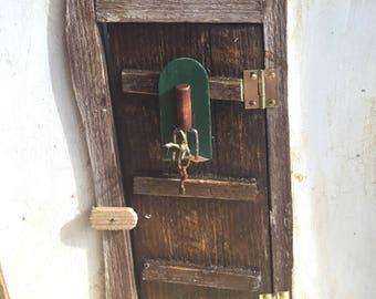 12th scale dollshouse key holder