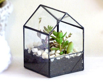 Geometric Terrarium, House Shaped. A Handmade Stained Glass Terrarium, Use As a Planter For Indoor Gardening or a Jewelry Box
