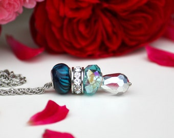 Lampwork glass beaded bracelet. Blue and silver necklace. Lampwork jewelry. Glass bead pendant.