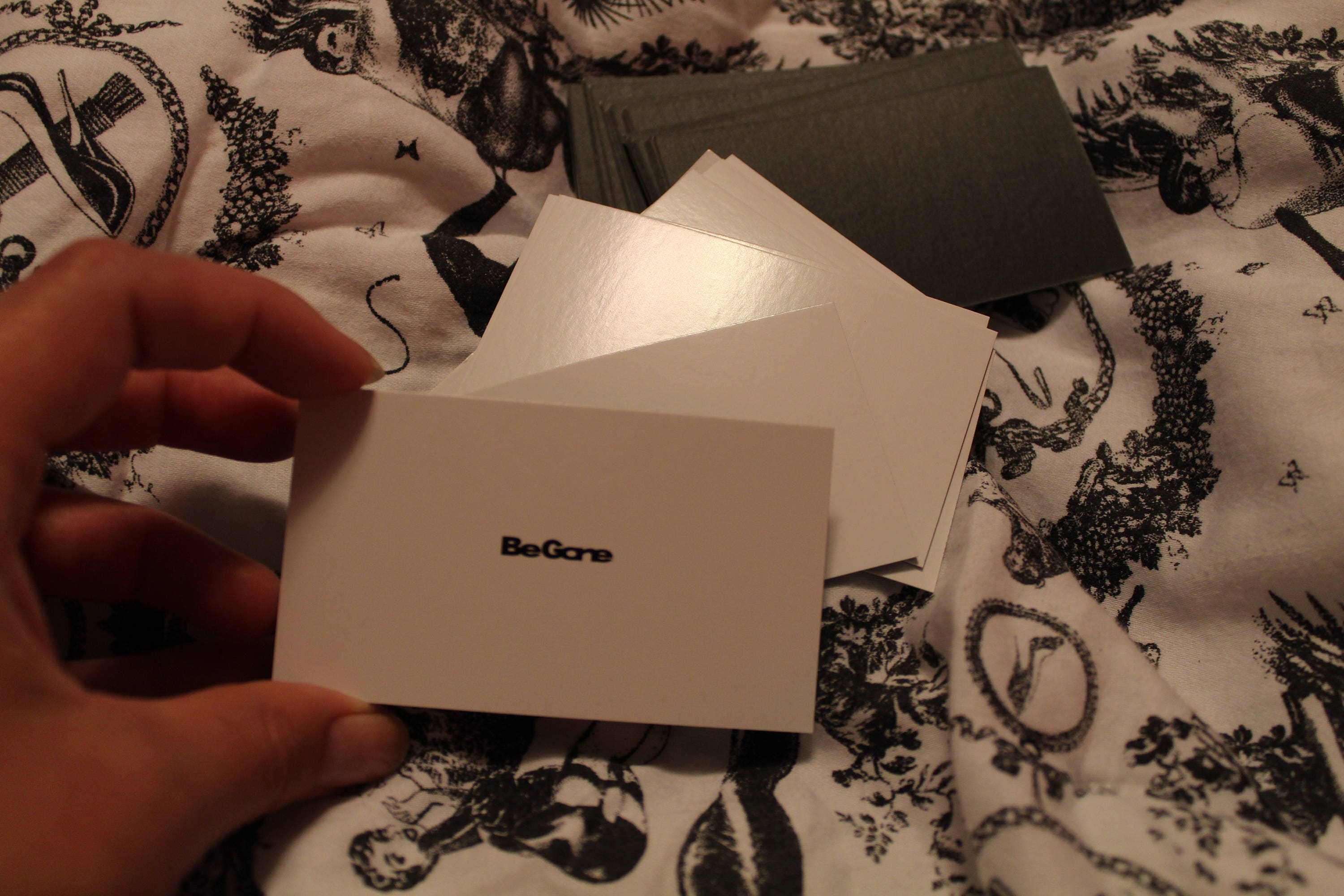 BE GONE - Gag Business card set - 25 Standard sized cards from ...