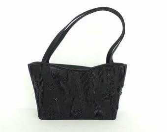 Vintage Small Black Beaded Purse, Black Purse, Beaded Purse, Small Purse, Top Handle Purse, Evening Purse, Beads, Fancy Purse, Small Purse