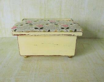 miniature storage box,doll house furniture, miniature furniture, 12 12th scale furniture