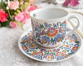 Hand painted tea cup vintage porcelain coffee cup tea cup Chodziez Poland porcelain tea cup and saucer