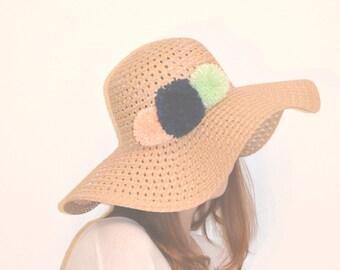 M&R Pom Pom Sun Hat