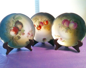 Set of 3 Louise Bavaria hand painted fruit plates signed ca. 1920 with display stands