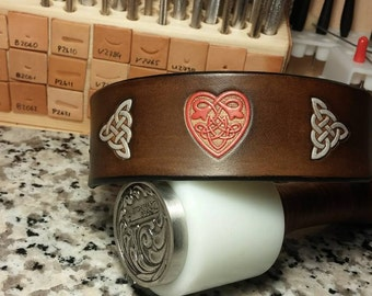 tooled and painted dog collar