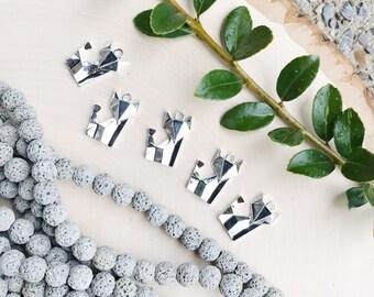 Origami Fox Charm, Silver Fox Charm, Fox Pendant, Metal Fox, Silver Fox Pendant, Silver Fox, Animal Charm, Origami Charm, Set of 2, 0366
