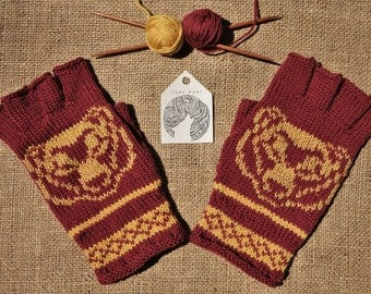 Bear Fingerless Gloves Knit with Red/Yellow Wool