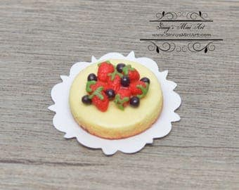1:12 Dollhouse Miniature Berry Topped Cheese Cake BD K2133