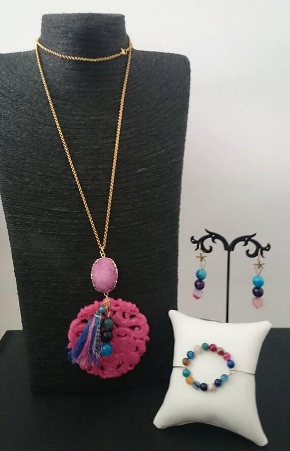 Pink jade dragon pendant