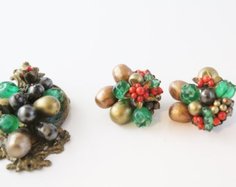 Vintage Brooch and Clip On Earrings,