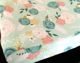 Mint floral changing pad cover, mint Bedding, floral bedding, changing pad, floral bedding, baby girl changing pad cover, baby girl nursery