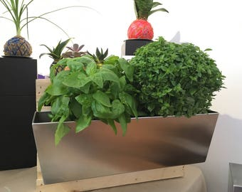 Stailess steel wall planter 18''