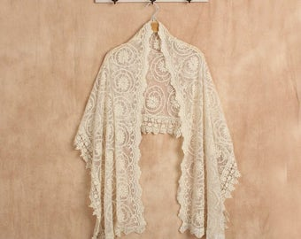 Lace Bridal Shawl - wedding shawl, lace shawl, pashmina shawl, bohemian wedding, vintage lace, antique lace, boho wedding, vintage wedding