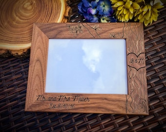 Rustic Frame, Rustic Picture Frame, Personalized Picture Frame, Walnut Frame, Wedding Gift, Engraved Picture Frame, Mr and Mrs, Bride Groom