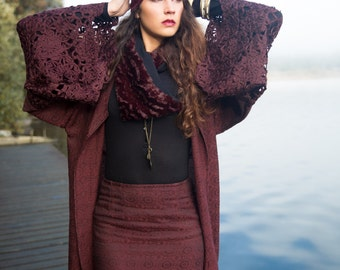 Long burgundy kimono with lace