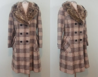 1960s Vintage Princess Coat / Tan, Cream, and Brown Plaid and Herringbone Wool Jacket / Fox Fur Collar / Modern Size Medium M to Large L
