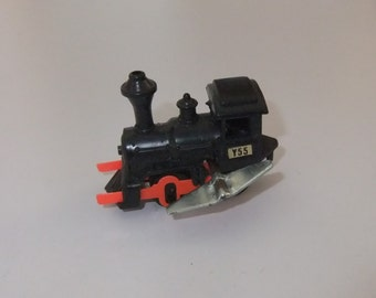 Train Locomotive wind up clockwork plastic and metal vintage c1980s toy