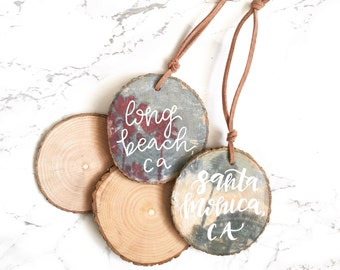 Hand Lettered Wood Slice Photo Ornaments + FREE PERSONALIZATION