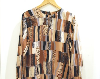 Vintage Woman's Alfred Dunner's 80's Animal print blouse, leopard print, abstract print, 80s style, Size 12 (MW-197)