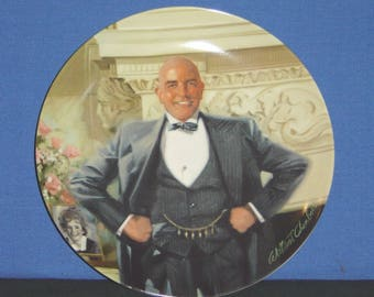 Daddy Warbucks ~ Collector Plate by Columbia Pictures - NEW (SS)