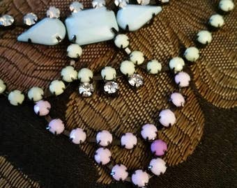 Beaded rhinestone necklace, pastel color