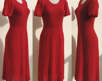 Vintage Red Wool Bend Hand Knitted Midi Length Sweater Dress Short Sleeve Small to Medium