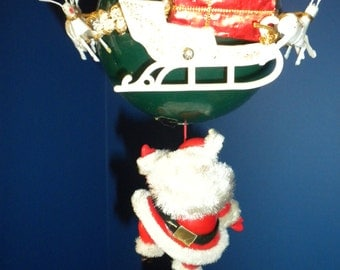 Santa's Musical Balloon with Reindeer and Sleigh - In Original Box
