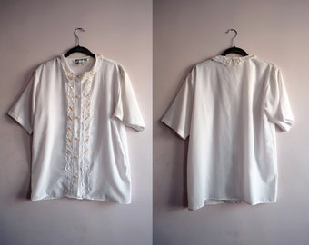 80s White Lace Trimmed Blouse
