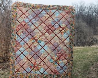patchwork/quilt/bedspread/batiks/colorful/flourish/beautiful/flowers