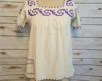 Vintage, 1960's, Peasant blouse w/ purple yarn embroidery, Medium
