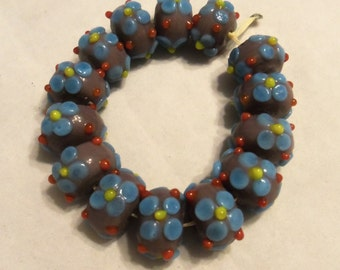 Lampwork Bumpy and Flower Beads (1927)