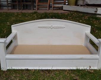 Belle Pet Bed