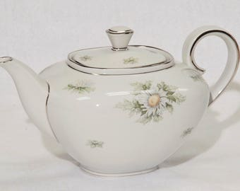 Teapot & Lid in Silver Thistle by Franconia-Krautheim,, Vintage, Retired collectrion.