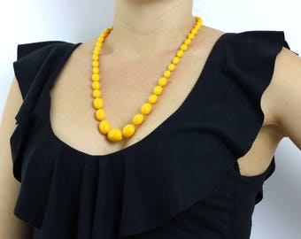 Retro 1950s Vintage Yellow Bead Necklace