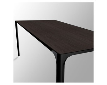 Table Nuur design Simon Pengelly produced by Arper