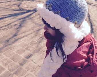 Princess hat with a braid