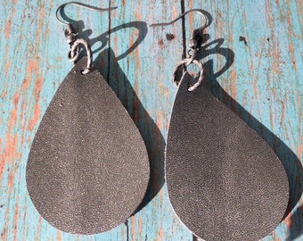 Teardrop platinum leather earrings, platinum leather teardrop earrings, platinum leather earrings