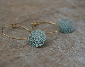 Creoles with soft pink or mint green pendant