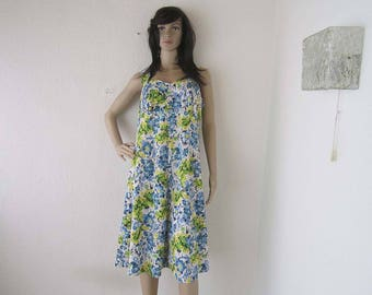 Vintage 60s summer dress, robe dress, Mille fleurs flowers M/L