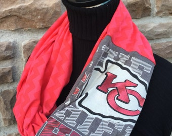 Kansas City - Chiefs - Infinity Upcycled T shirt Scarf - Double Loop - NFL