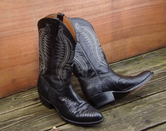 Vintage Ferrini Lizard Skin Black Western Boots Cowboy Boots Mens Size 9 Made in Italy Leather Fashion Western style Boots Hand Made Boho