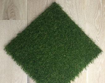 "Clearance Price - Set of 2 18"" x 18"" Grass Mats"
