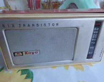 1964 Vintage KOYO DELUXE 403 Japan Portable MW Radio