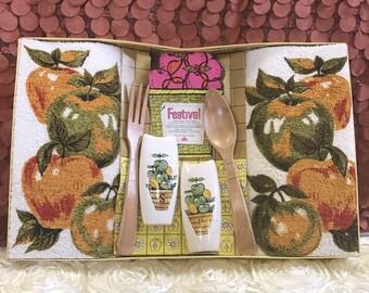 Apple Kitchen Decor, Vintage Gift Set, Barth And Dreyfus, Kitchen, Retro,
