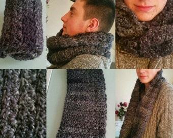 Mixed warm and cosy Snood