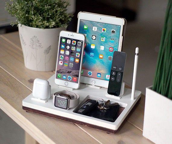 nytstnd tablett 5 wei versandkostenfrei aufladen station. Black Bedroom Furniture Sets. Home Design Ideas