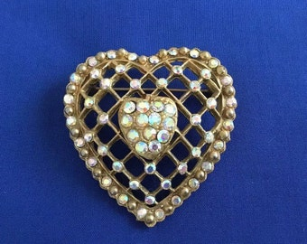 Heart Brooch, Vintage Heart Brooch, Heart Pin, Vintage Brooch, Vintage Heart, Vintage Gold Brooch, Vintage Pin, Vintage Jewelry, Estate Jewe
