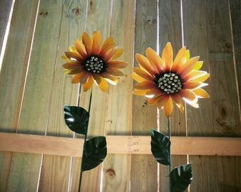 Metal Flower Garden Stake,  Metal Sunflower Garden Art,  Metal Garden Decor,  Sunflower Yard Decoration