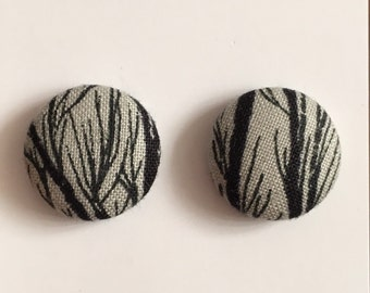 20mm Grey with Black Branches Fabric Studs